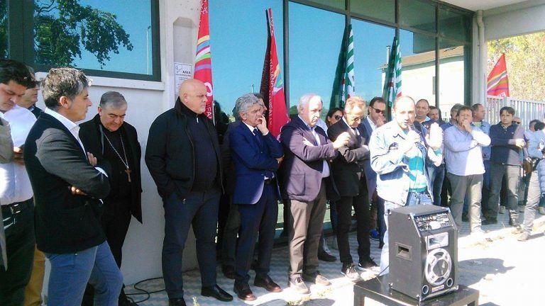 Teramo, la vertenza Hatria sui tavoli nazionali: tutto in bilico fino al 15 ottobre FOTO