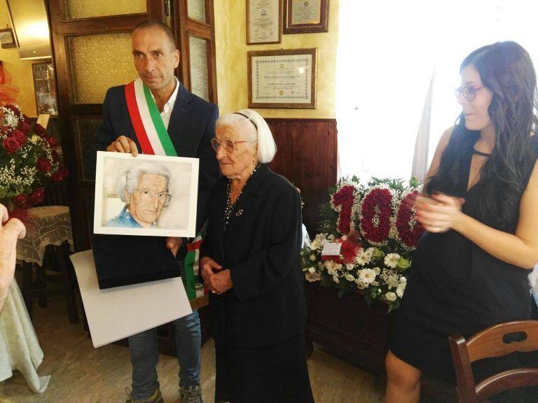 Villa Celiera, 100 candeline per Sofia Perotti