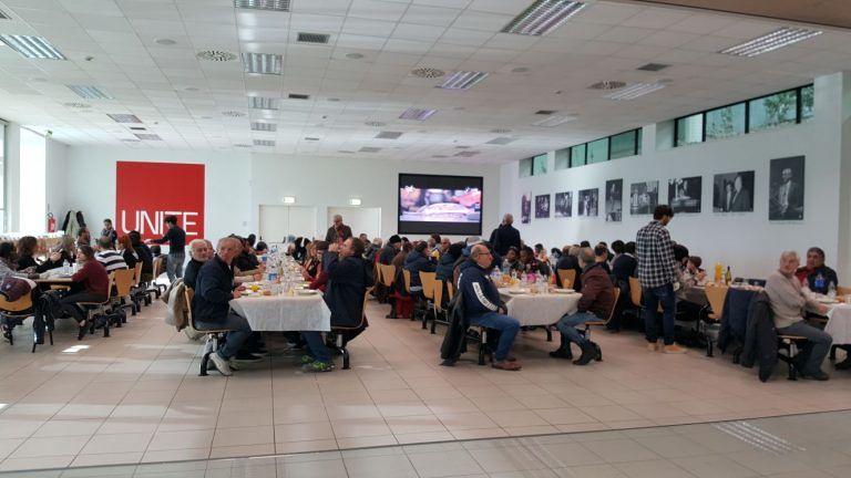 Teramo, pranzo di solidarietà per 80 famiglie alla mensa dell'Università FOTO