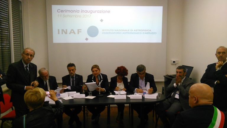 """Teramo, la ministra Fedeli a Collurania: """"I fondi per le scuole ci sono"""" FOTO/VIDEO"""