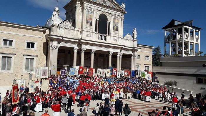 San Gabriele, 63 confraternite al Santuario