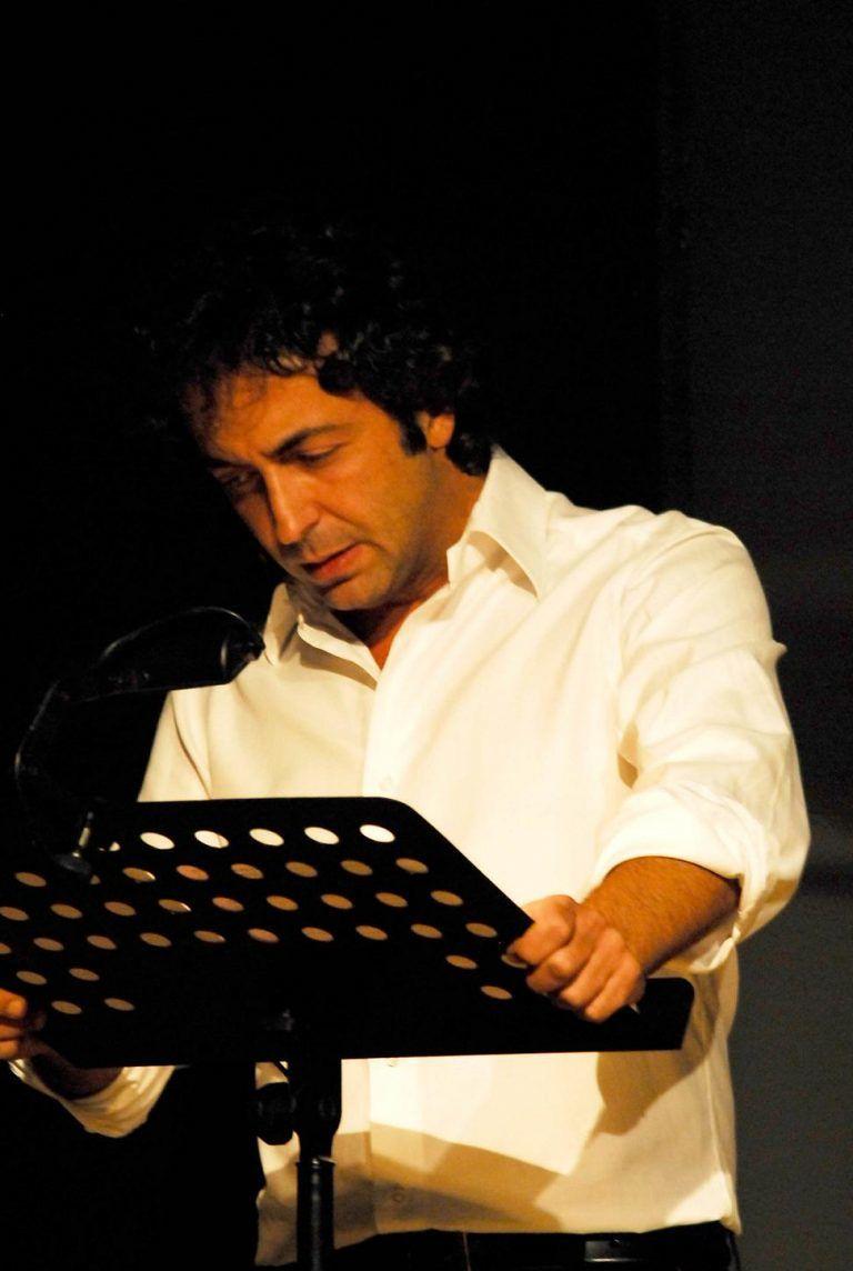 """Milo Vallone interpreta il recital """"Pescara com'era"""""""