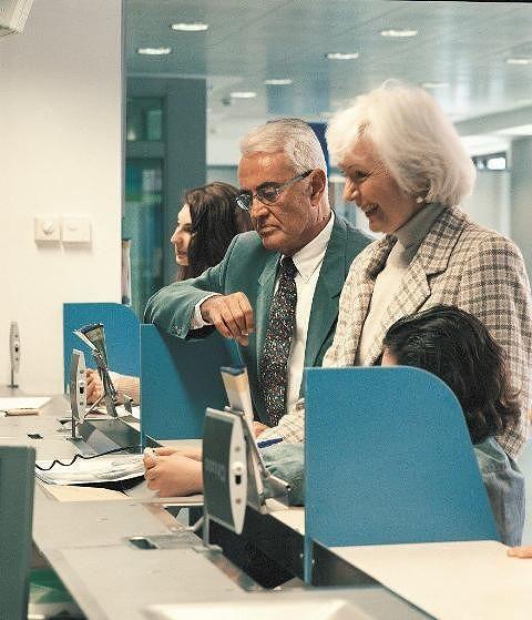 Chieti, negli uffici postali una campagna dedicata agli over 60