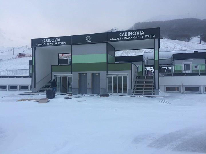 Delusione Roccaraso, 100 km di piste piene di neve ma zero turisti fermati dal Covid