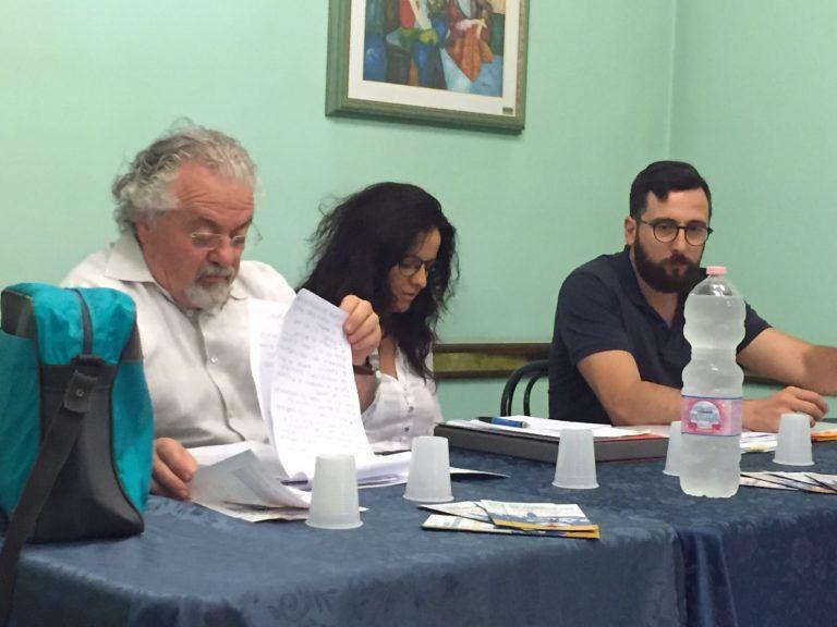 Città Sant'Angelo: una class action contro la vendita della farmacia comunale