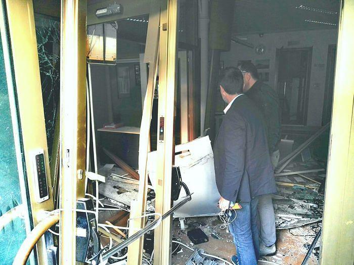 Assalto con esplosivo al bancomat ex Tercas di Poggiofiorito