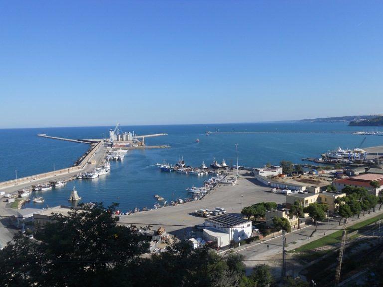 Porto Ortona, Garraffo: 'Problemi per trasporti eccezionali'