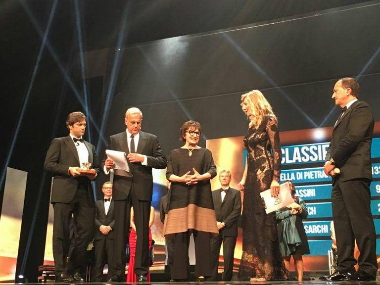 """Donatella Di Pietrantonio vince il Premio Campiello con """"l'Arminuta"""" VIDEO"""