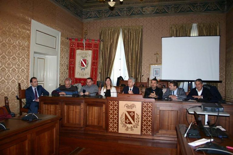Teramo, assemblea dei sindaci della provincia: si parla dell'esperimento Sox
