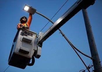 Vasto, lavori in via Tobruk per ripristinare l'illuminazione