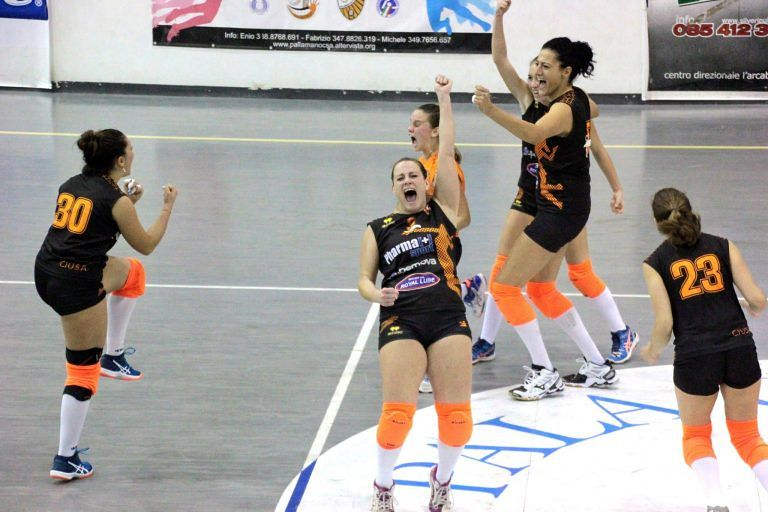 Volley, Città Sant'Angelo vince al tie-break a Montorio