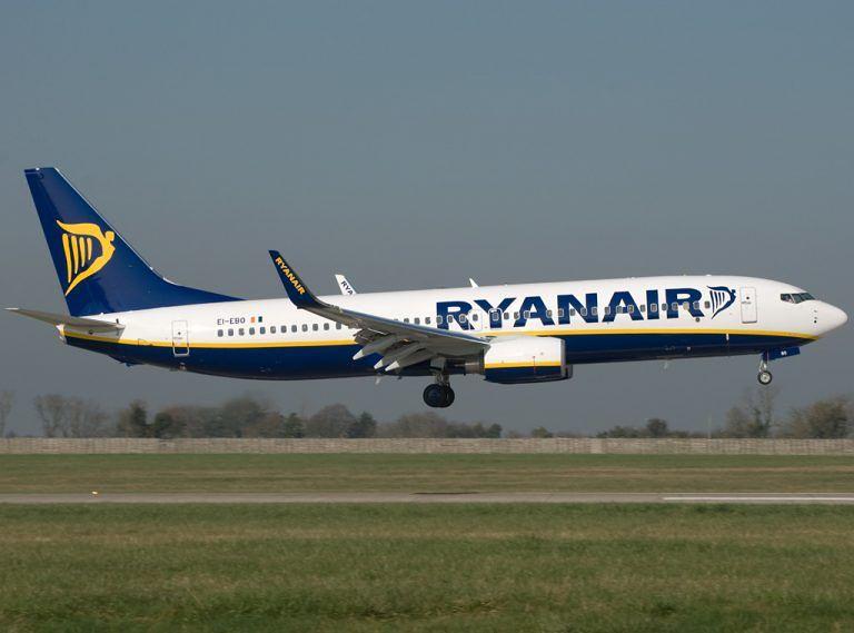 Ryanair: penale di 50 euro per chi non rispetta le nuove norme sui bagagli a mano