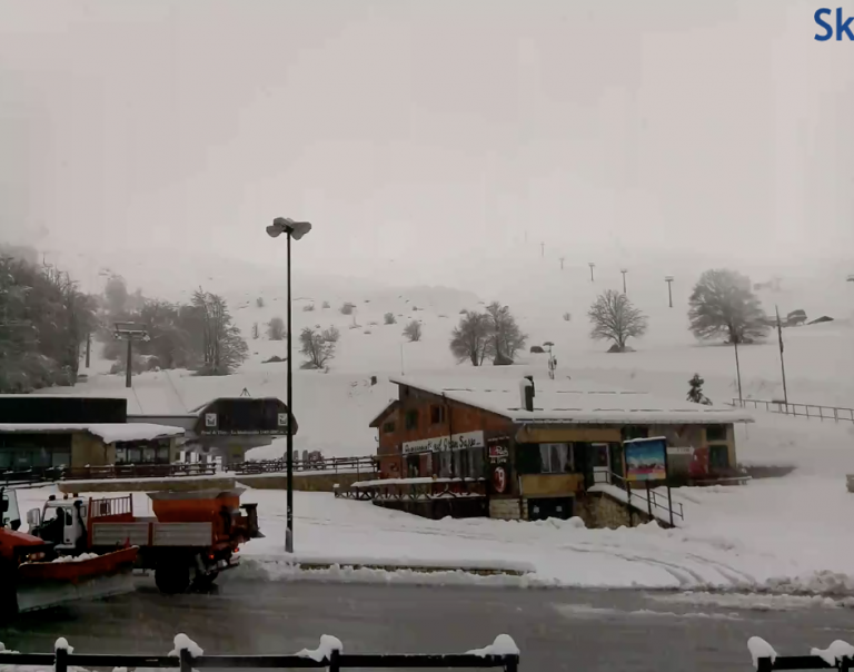 Neve ai Prati di Tivo, ma punto interrogativo sugli impianti FOTO