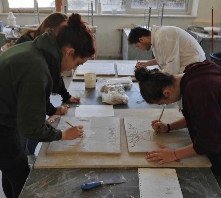 Castelli, al Liceo Artistico arrivano gli studi su Design e Arte della ceramica