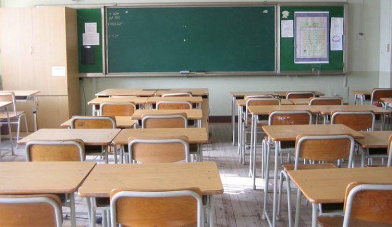 """Teramo, il sindaco Brucchi rassicura: """"Rimandate i vostri figli a scuola"""""""