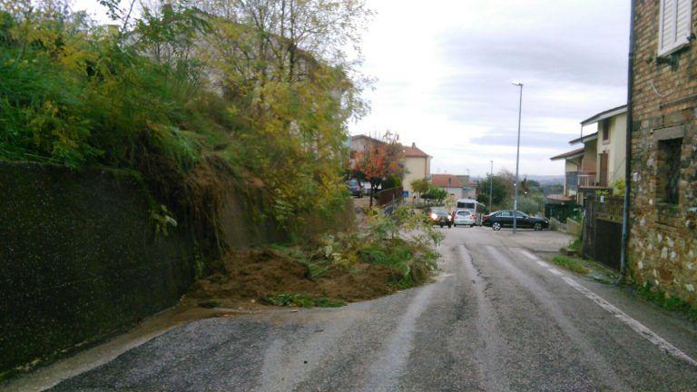 Teramo, emergenza maltempo passata: lavori per ripulire le strade