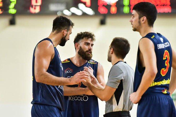 Giulianova Basket, scontro al vertice a Recanati