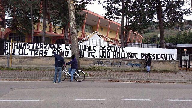 Francavilla Calcio, chiusura settore distinti: proseguono le polemiche