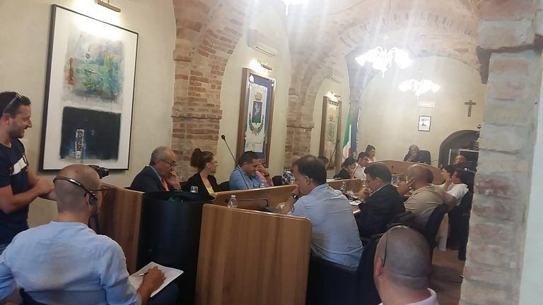 Tortoreto, il consiglio approva l'adesione al programma di protezione dei rifugiati