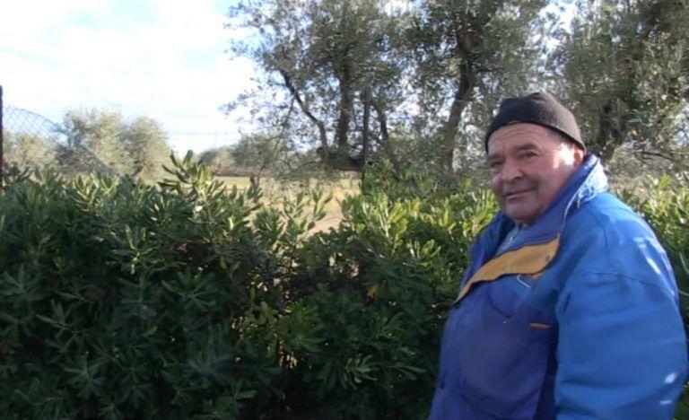 Cologna Spiaggia, lo storico benzinaio Vincenzo La Luna in pensione dopo 44 anni (FOTO)