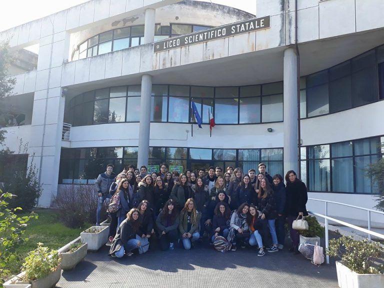 Giulianova, lo scambio culturale porta i portoghesi al Liceo Curie FOTO