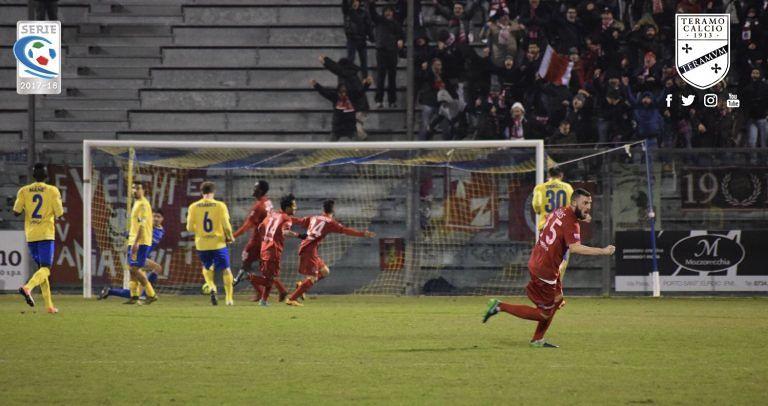 Serie C, impresa Teramo: in 10 recupera a Salò e fa 1-1