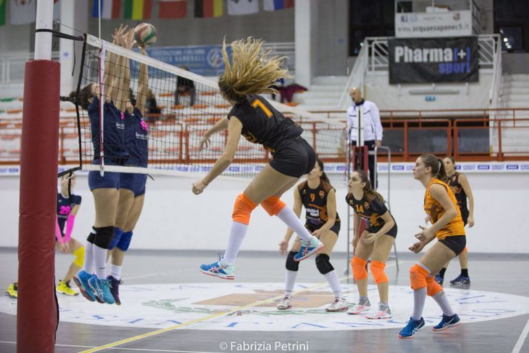 Volley Città Sant'Angelo si lancia verso i play off