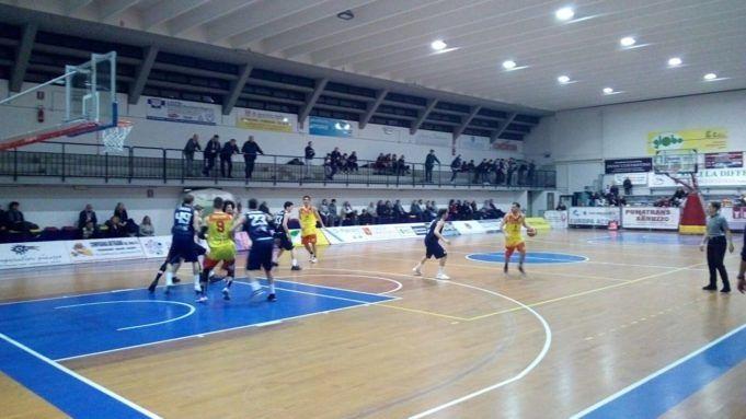 Basket, Recanti troppo forte: Giulianova si arrende