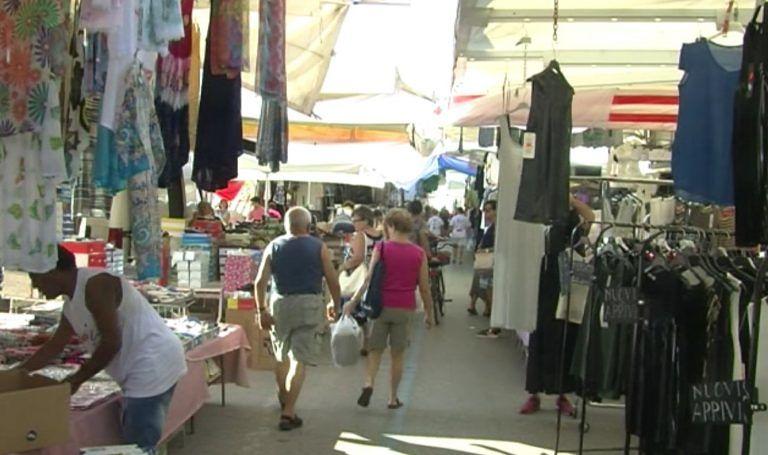 Roseto, gli ambulanti contro il trasferimento del mercato del giovedì