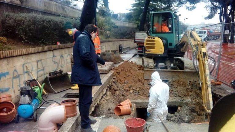 Pescara, lavori Aca: riparata la prima condotta in via del Santuario