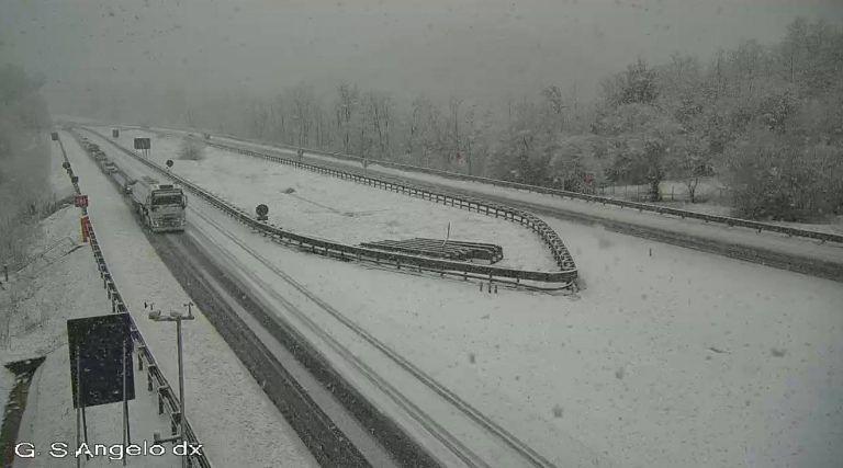 Maltempo, Burian-bis: nevica tra Carsoli e L'Aquila Ovest