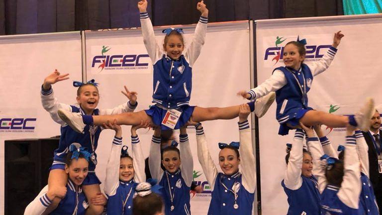 Campionati italiani di Cheerleading: medaglia di bronzo per l'Abruzzo grazie all'Accademia Biancazzurra
