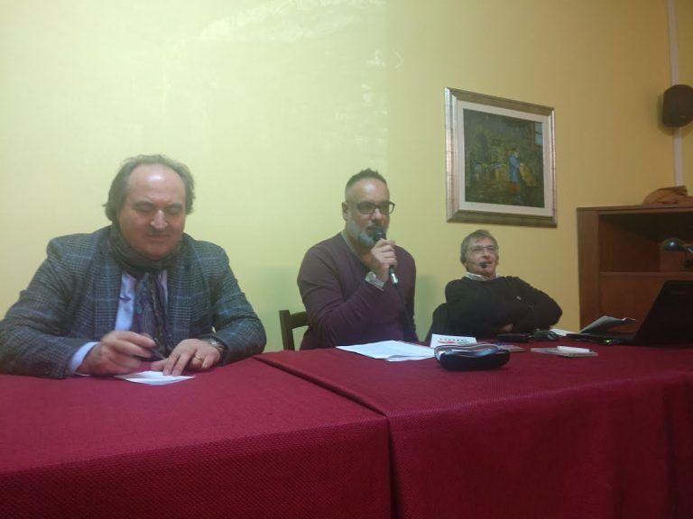 """Controguerra, """"Alle 9 della Sera"""": Sandro Galantini guida il pubblico alla scoperta dell'Abruzzo FOTO"""