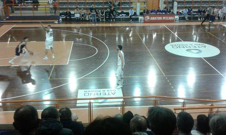 Basket, Amatori Pescara- Etomilu Giulianova 70-56
