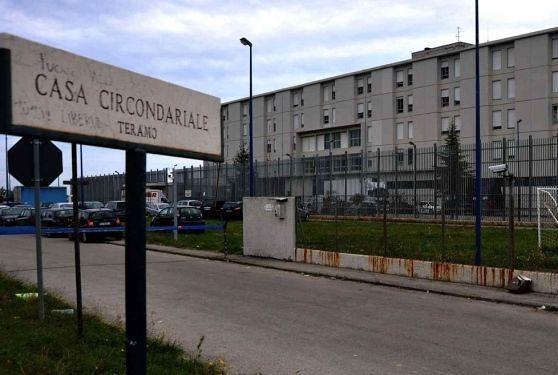 Lady Coumadin tenta il suicidio in carcere a Teramo, salvata dagli agenti