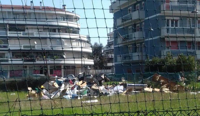 Pescara, discarica abusiva in via Mezzanotte