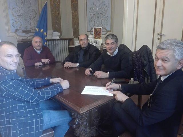 Di Marco e Del Papa alla Ettore: 'il ponte sul Vomano è di tutta la comunità'