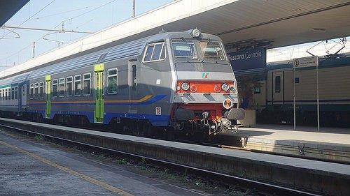 Allarme bomba in stazione a Pescara: riattivata la circolazione dei treni. Ritardi fino a 2 ore