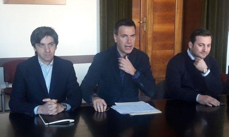 """Pescara, lungomare sud: """"Cancellati 300 parcheggi"""""""
