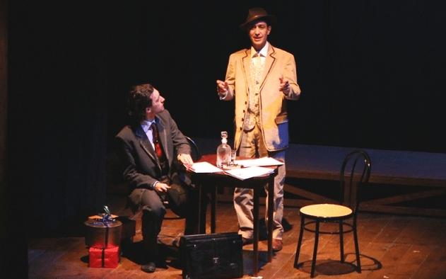 """Pineto, stagione teatrale: in scena """"L'uomo dal fiore in bocca"""" di Pirandello"""