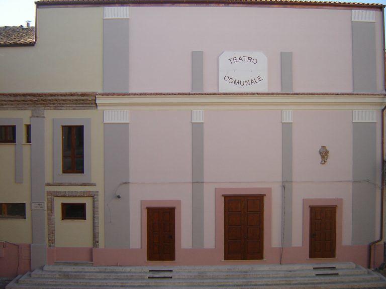 Pianella, ricorso del Comune per i danni al teatro