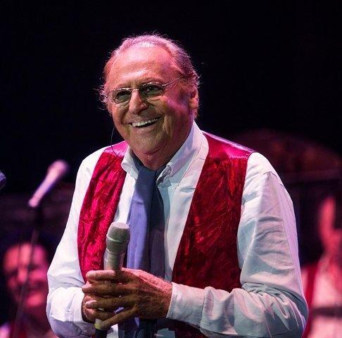 Renzo Arbore L'Orchestra Italiana in concerto al Teatro D'Annunzio di Pescara