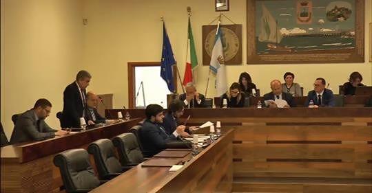 """Roseto, Aloisi e Angelini contro Marcone: """"Shock fiscale solo propaganda"""" NOSTRO SERVIZIO"""