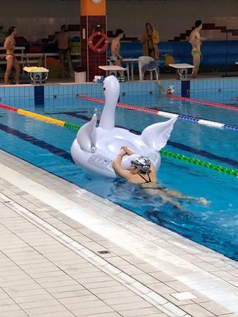 San Giovanni Teatino, Solidarietà Nuotando per AGBE nella piscina comunale