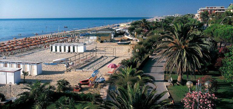 Tortoreto, il mondo turistico vuole rimettersi in movimento: vertice in Comune sulla fiscalità