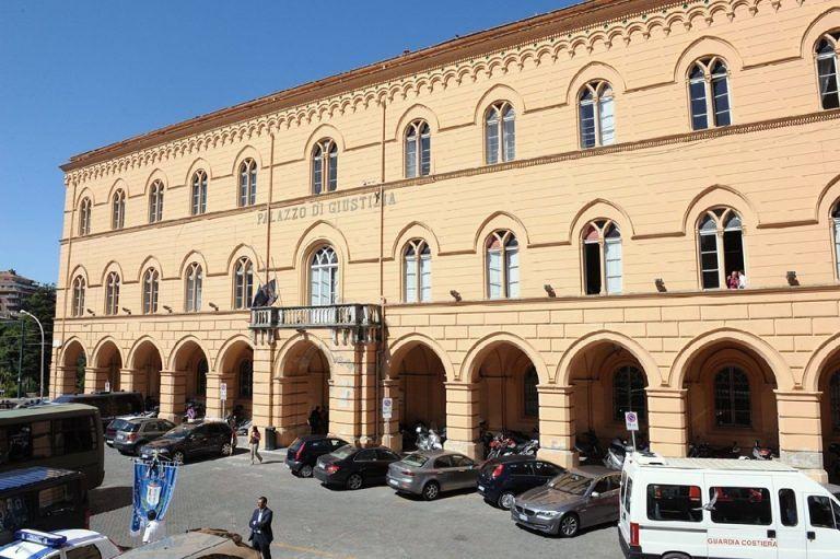 San Giovanni Teatino, rapina parafarmacia: giovane condannato a 3 anni