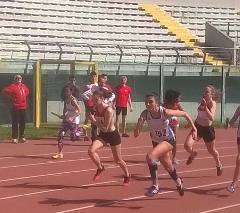 Atletica Teramo, le cadette campionesse regionali nella 4×100