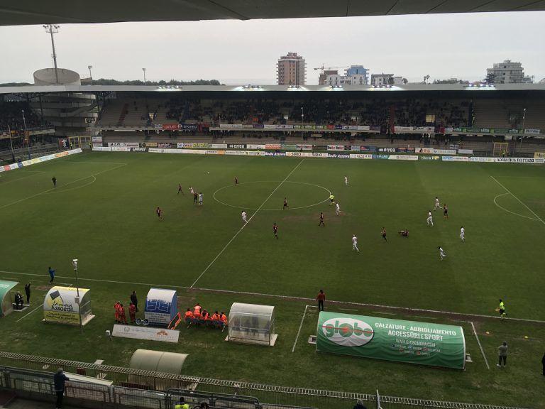 Serie C, Samb-Teramo: biancorossi battuti (2-0) ed ad un passo dai playout