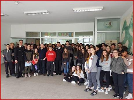 Pescara, cultura della legalità: i Carabinieri incontrano gli studenti