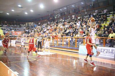 Basket, Amatori Pescara cede Gara 1 a Valmontone